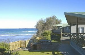 Berrara Beach Holiday Chalets - Accommodation Australia
